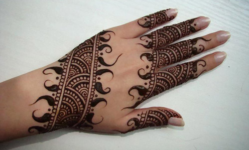 Mehndi Uses For Hair : Uses and trends of different mehndi designs