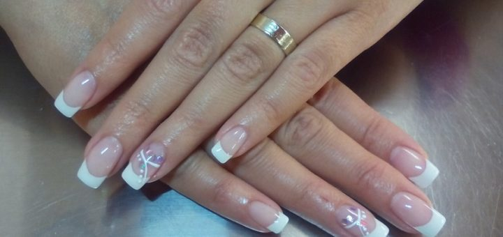 6 Easy home remedies to strengthen and nourish your nails