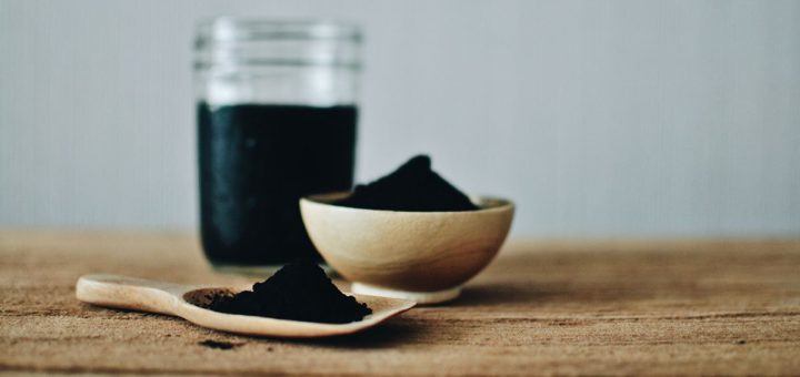 whitening with activated charcoal