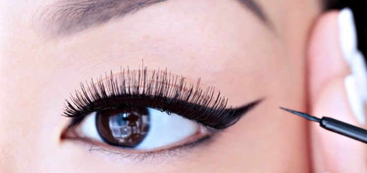 How to apply the liquid eyeliner like a professional
