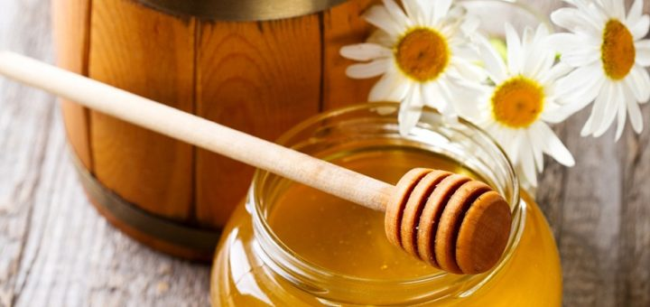 How to take care of your health, skin, and hair with honey