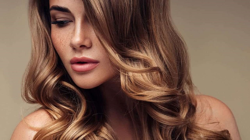 Tricks to apply wax to hair
