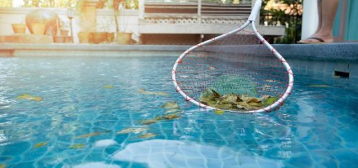 How to clean the bottom of a pool
